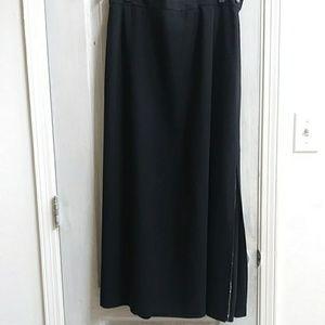 Harve' Benard black skirt